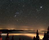 Mléčná dráha nad Orionem.