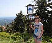 Na Lysé hoře se také nachází jedna z hraničních cedulí